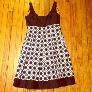 Adorable Maggy London dress